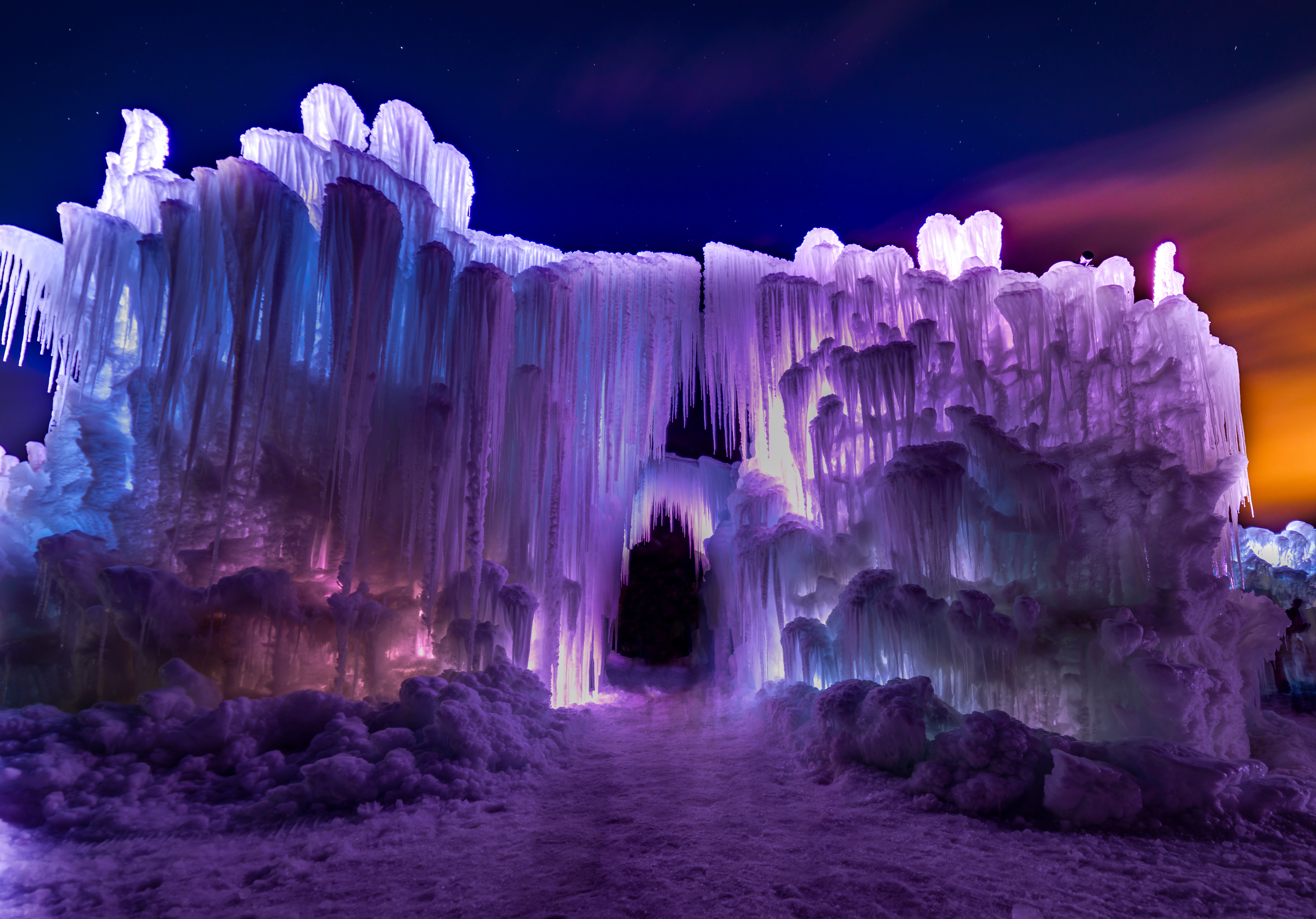 the midway utah ice castle features an amazing light show set to music at night - Open Castle 2016