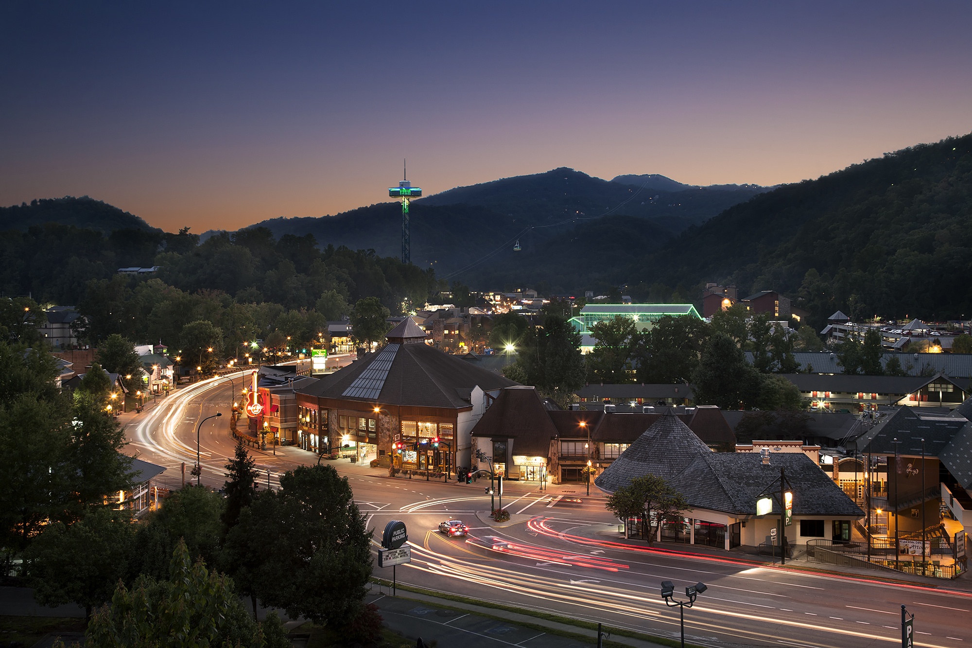 gatlinburg tennessee Welcome to ober gatlinburg learn more about skiing, attractions and the amusement park located in gatlinburg, tennessee, in the great smoky mountains.