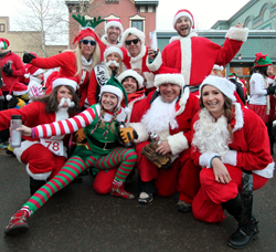 Breckenridge Grand Vacations employees spread holiday cheer to locals.