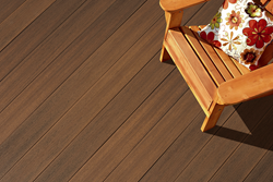 Fiberon Horizon Symmetry Collection Composite Decking in Warm Sienna