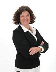 RE/MAX Realtor Christina Cunningham Shares Spring Selling Suggestions