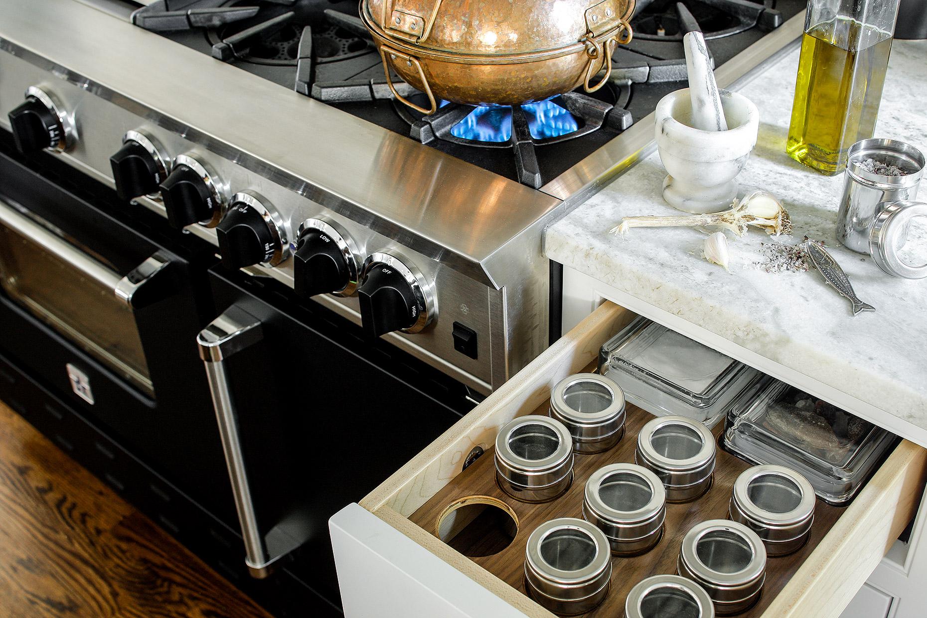 heidi piron design cabinetry giorgi kitchens designs - Kitchen Design Competition