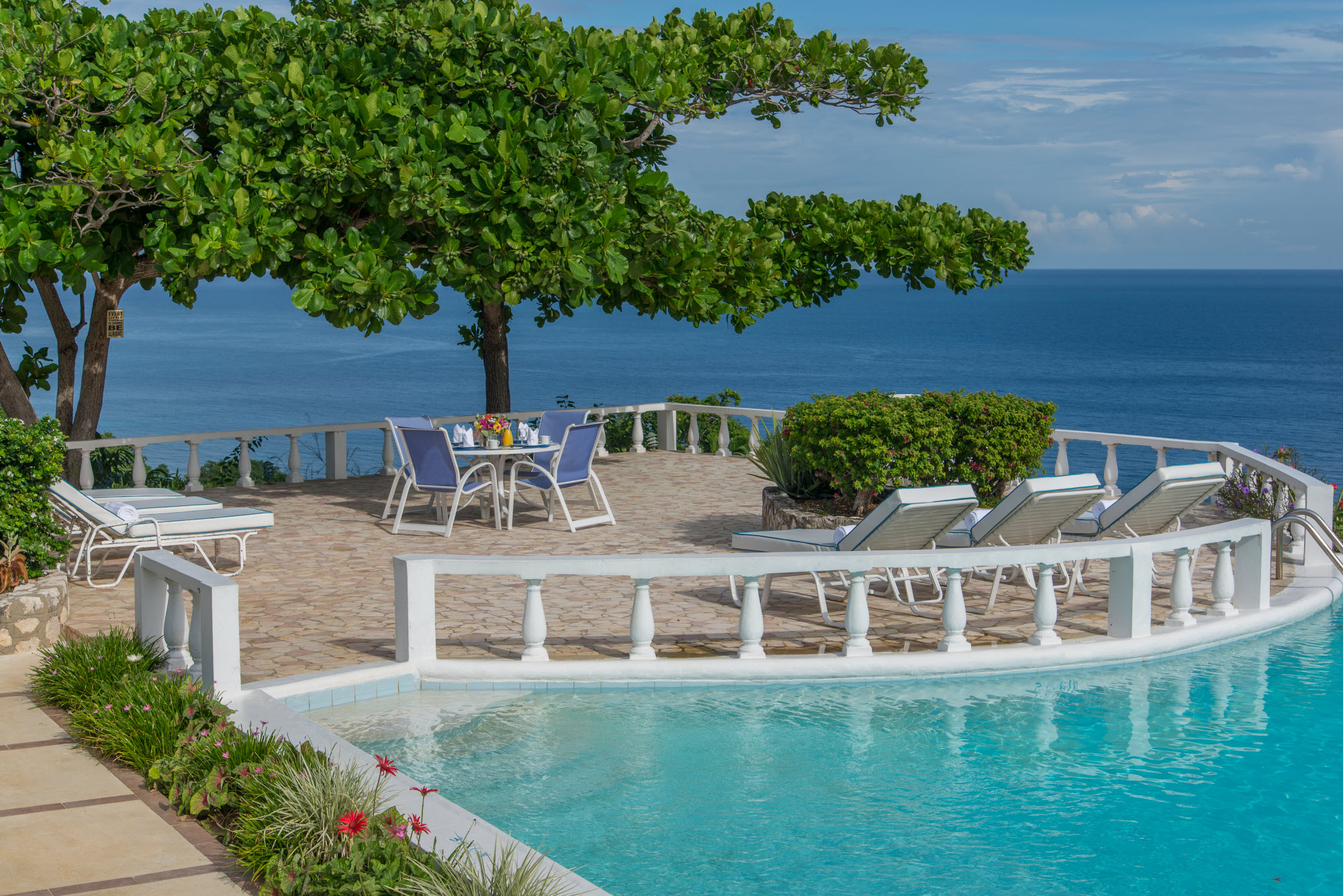 Win a villa vacation in jamaica with villas of distinction for Distinctive villas