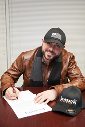 Nick Smith Signs With Silverado Records In Nashville