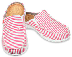 As classic as a Fourth of July celebration, the Montauk canvas striped slide for women is perfect for summer parties. The stripe is printed on a washed cotton canvas for a vintage look.