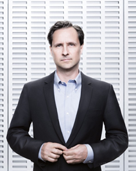 photo of Vision Summit Keynote Speaker Hugh Herr