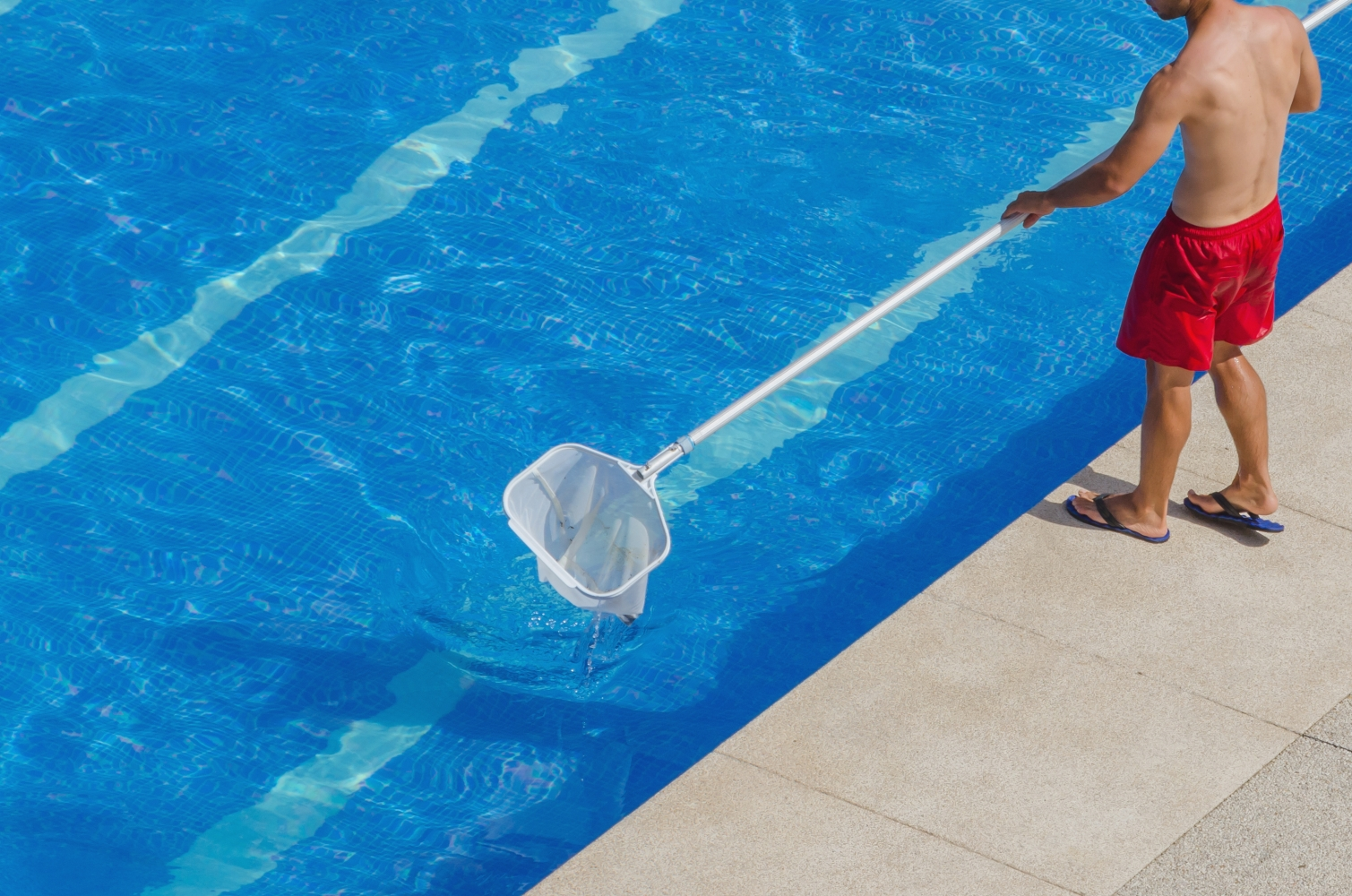 Cleaning Swimming Pools : World patent marketing success group unveils the best pool