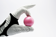 The Everlasting Glove will be of great help to golfing enthusiasts of all levels