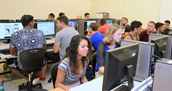 Keiser-University-Flagship-Campus-students-in-computer-lab
