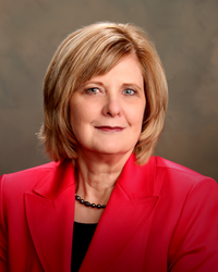 Attorney Lorie Fowlke Advocates for Uniform Family Law Arbitration Act