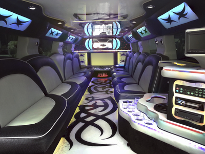 Limo extends its limousine service in nyc new for Interieur definition