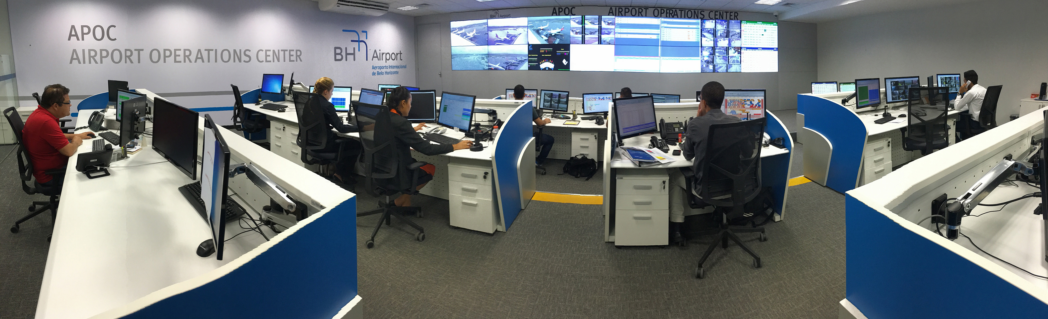 airport systems The world's busiest city airport systems by passenger traffic are measured by total number of passengers from all airports within a city or metropolitan area combined london, with six commercial airports in its metropolitan area, is the busiest city airport system in the world, although hartsfield–jackson atlanta international airport is the world's busiest individual airport.