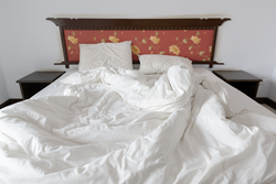 The Fitted Top and Bottom Sheet is a household invention which everyone should have at home.