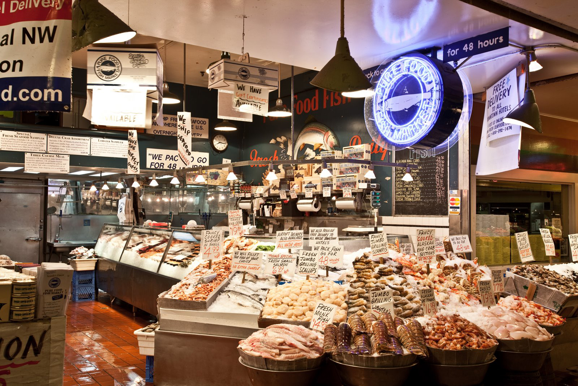 Famous wild alaskan copper river king and sockeye salmon for Fish market seattle
