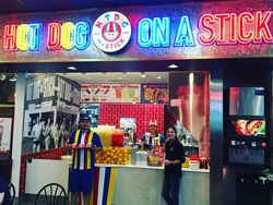 Hot Dog on a Stick opens new location in showcase mall in Las Vegas