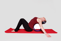 Relaxing your spine on the clever yoga wheel