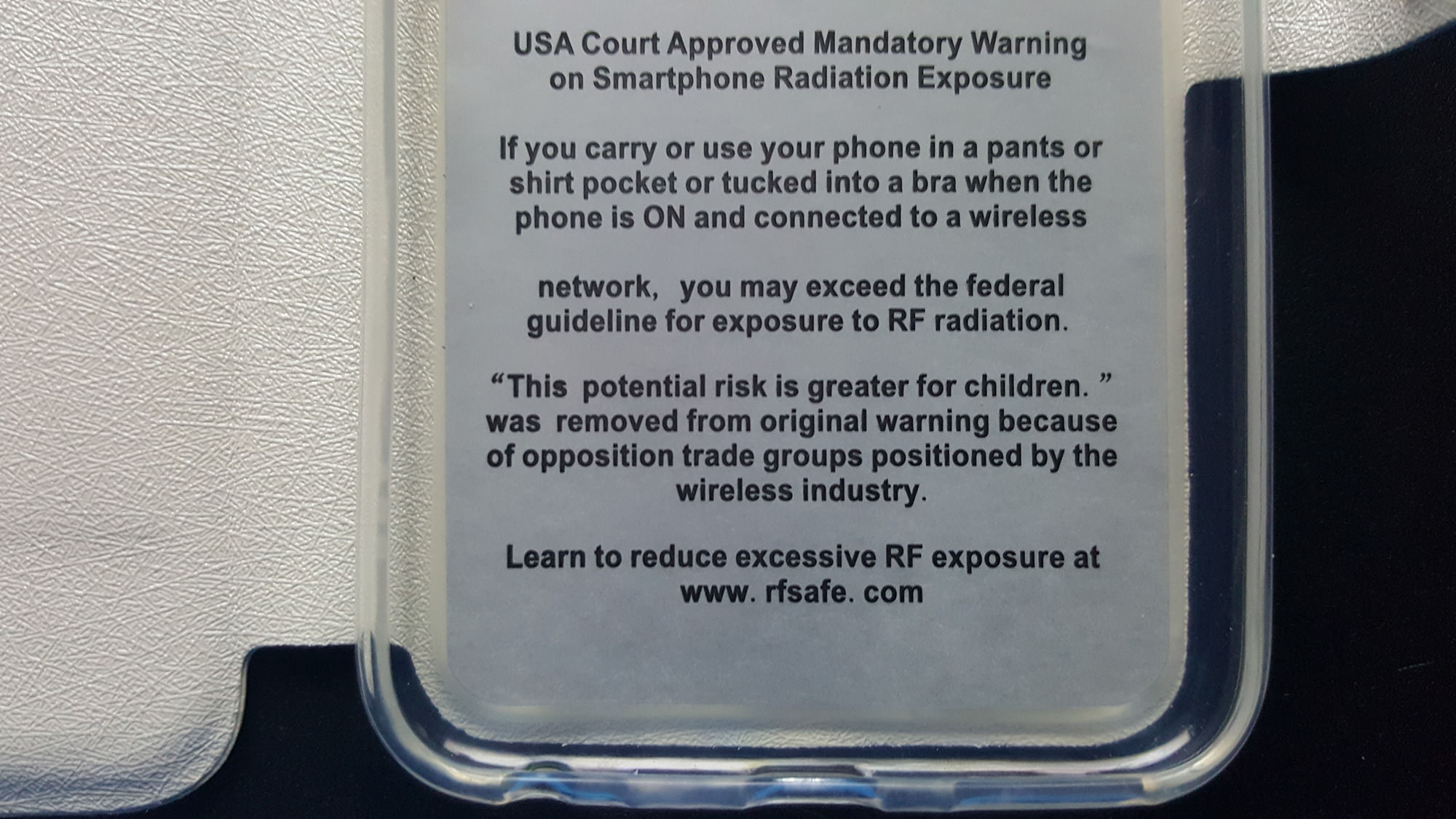 Rf safes new galaxy s7 flip case contains berkeley cell phone rf safes new galaxy s7 flip case contains berkeley cell phone radiation warning sciox Gallery