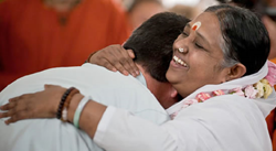 Join us at MA Center Chicago for Amma's free programs June 27-29