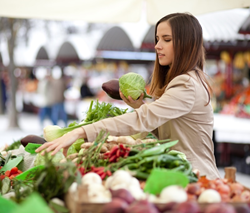 Be a vigilant shopper while supporting your farmers markets.