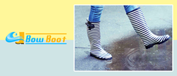 With the Bow Boot, feet are kept dry, no matter how harsh the weather is.
