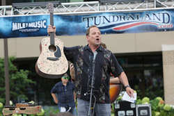 Mile of Music sponsor, Brian Gottlieb of Tundraland