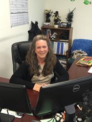 Kelly Zynn at her Desk