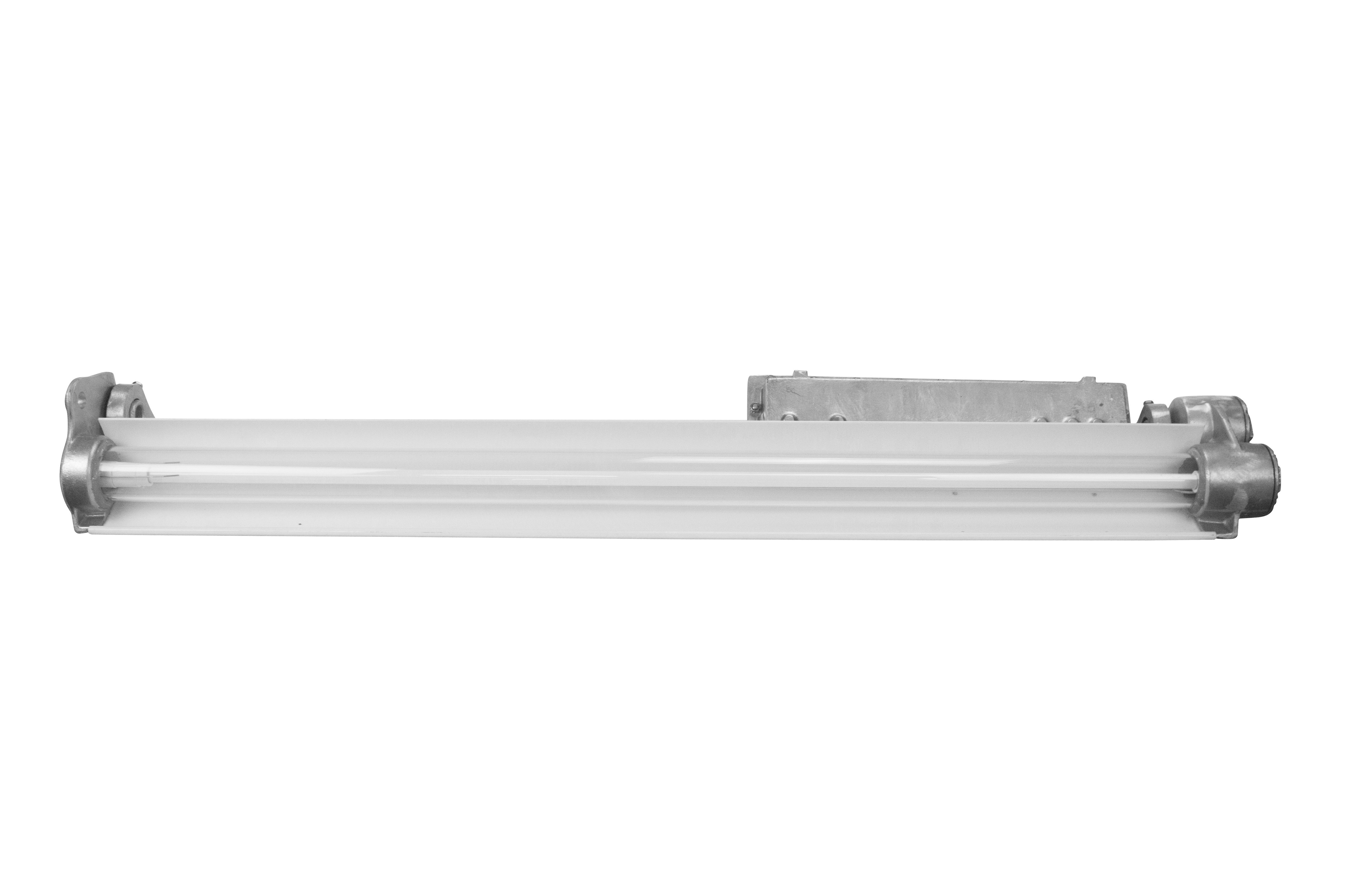 Larson Electronics Releases A Single Lamp Explosion Proof