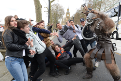 Battlefield Earth's 'Terl' showing his fans a good time.