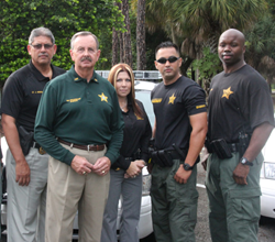Sheriff-Ric-Bradshaw-and-Team-Members-of-Palm-Beach-County-Sheriff's-Office
