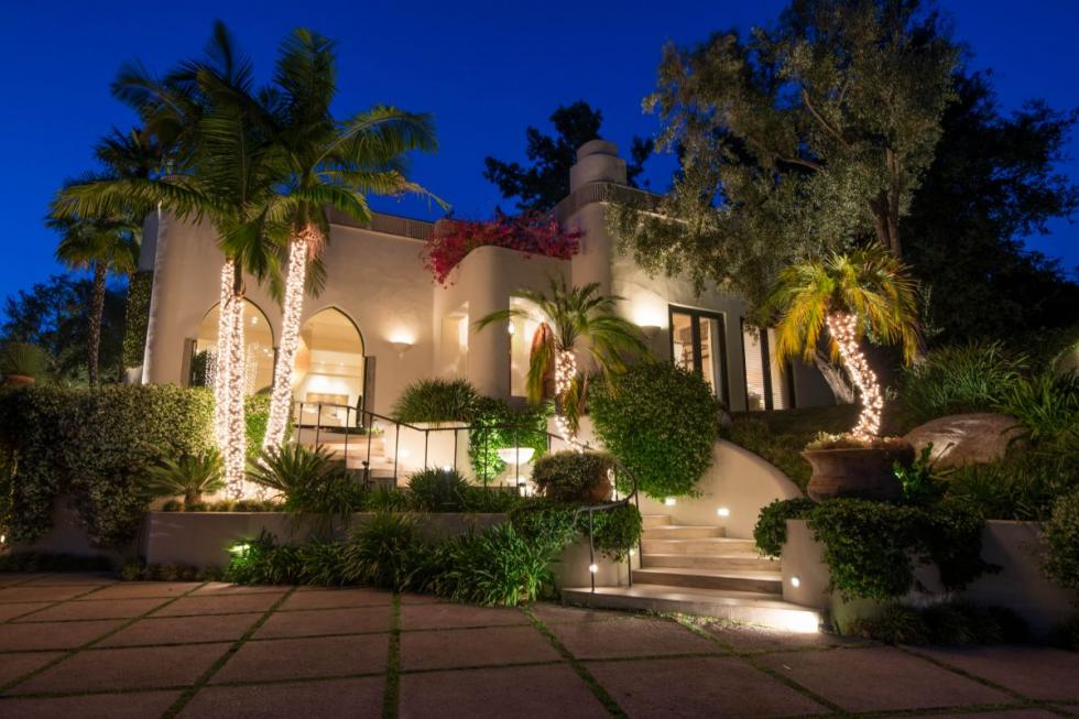 Top Ten Real Estate Deals News Cher 39 S 1970 39 S Beverly