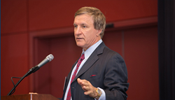 Dr. Rod J. Rohrich lectures on the difficulty of rhinoplasty surgery.