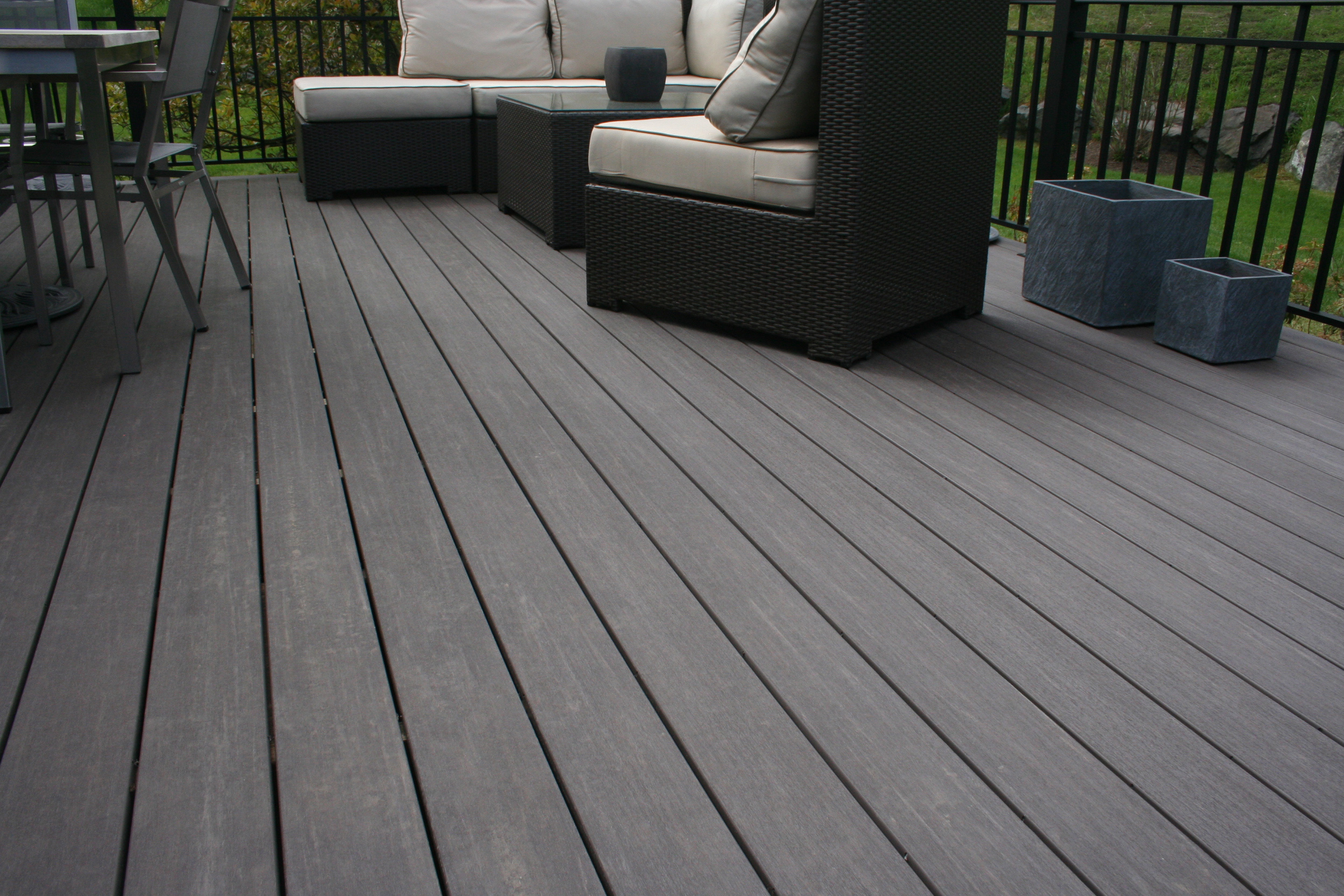 My Deck Llc Selects Camo 174 Edge Fastening And Azek 174 The