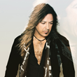 Stryper Frontman Michael Sweet Premieres New Music Video at Loudwire and Taste of Country