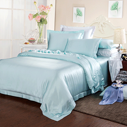 19 Momme Seamless Silk Sheet Set Color: Turquoise