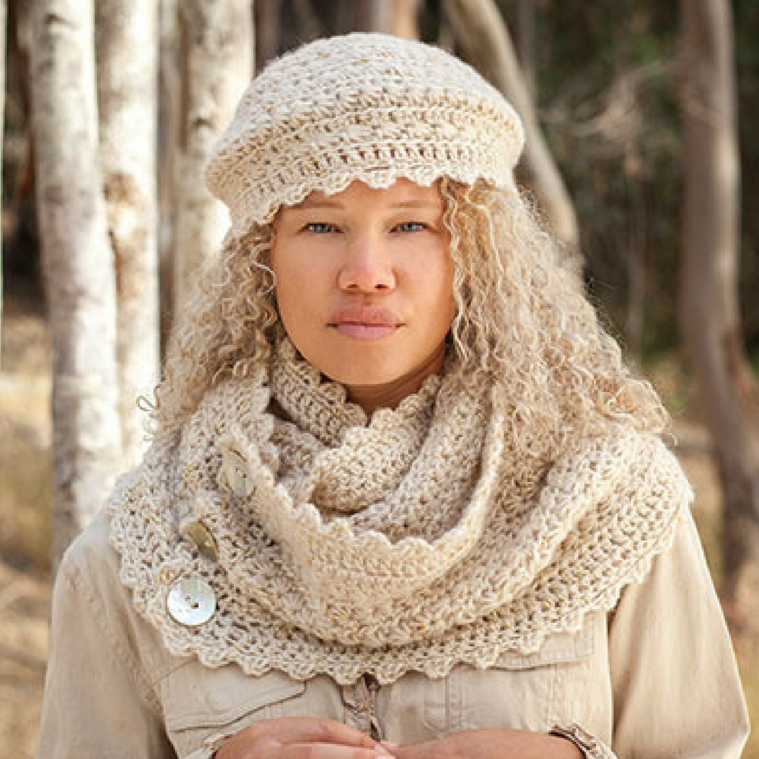 Annies Autumn Bliss Fall/Winter 2016-17: Tuwa Set Crochet Pattern