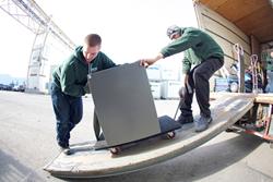 Bekins Moving and Storage ramps up its presence in the commercial moving sector