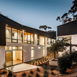 """Bridge House"" in Hillcrest by Architects Magnus"