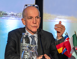 Dr. Robert M. Bernstein Speaks at ISHRS 2016