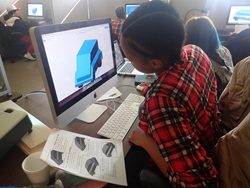 In a previously funded project, a student designs a 3D object at Helensview Alternative High School in Portland, OR.
