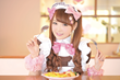 Hitomi of @home Cafe