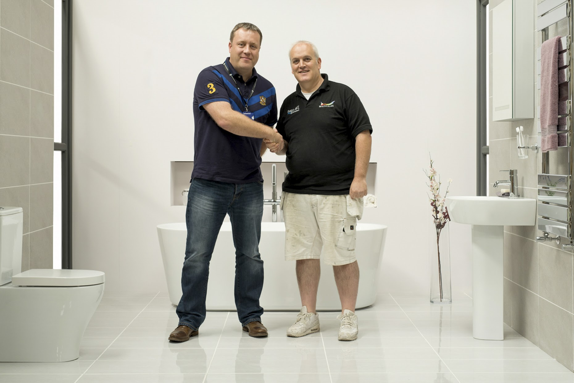 Bathroom takeaway collaborates with dulux decorator of the for Bathroom of the year 2016