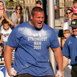 Terry Hollands winning the UK Strongest Man in 2005. Credit: Ultimate Strongman