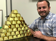 Southern California Gold Buyer Gives Thousands of Dollars in Gold to Holiday Shoppers