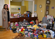 Los Angeles Woman Arranges Holiday Toy Drive for Foster Care Charity Where She Once Lived