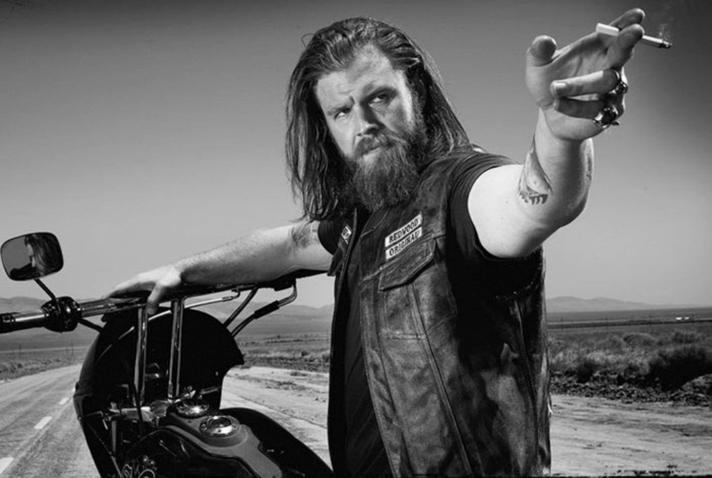 Sons of anarchy star ryan hurst makes pit stop at soboba casino sons of anarchy star ryan hurst makes pit stop at soboba casino kristyandbryce Choice Image