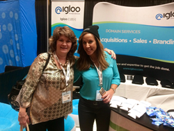 Francine Fiesel and Tessa Holcomb at NamesCon 2017