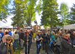 Many events of the Jackson Hole Fall Arts Festival in September take place within and around the town's famous square, such as the QuickDraw and the Taste of the Tetons.