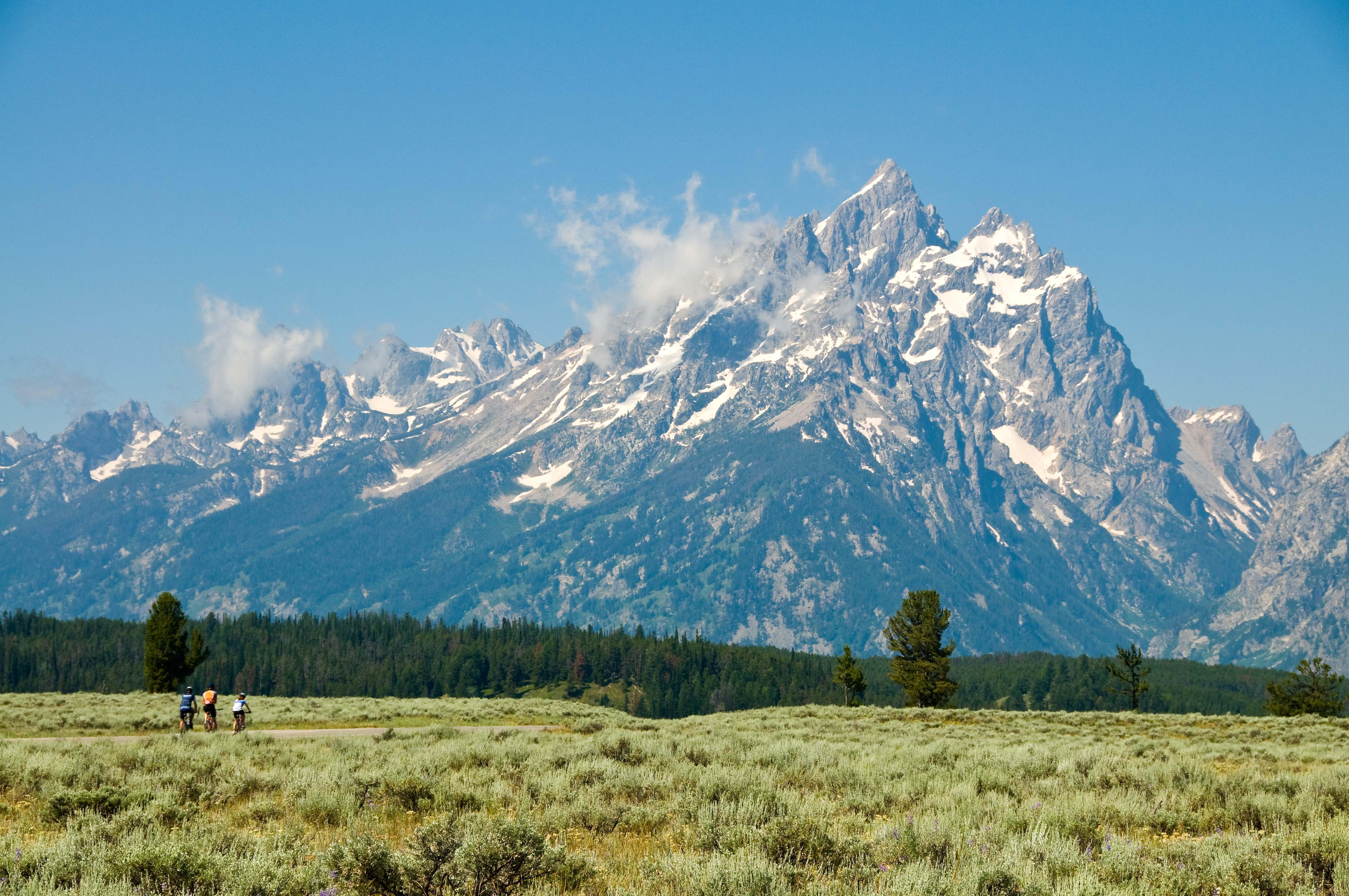 Trek Travel Adds Summer 2017 Yellowstone And Grand Tetons
