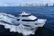 Horizon PC60 power catamaran at sea