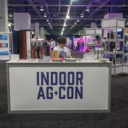 Indoor Ag-Con Scene